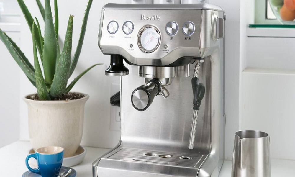 Coffee and Espresso Maker with Grinder